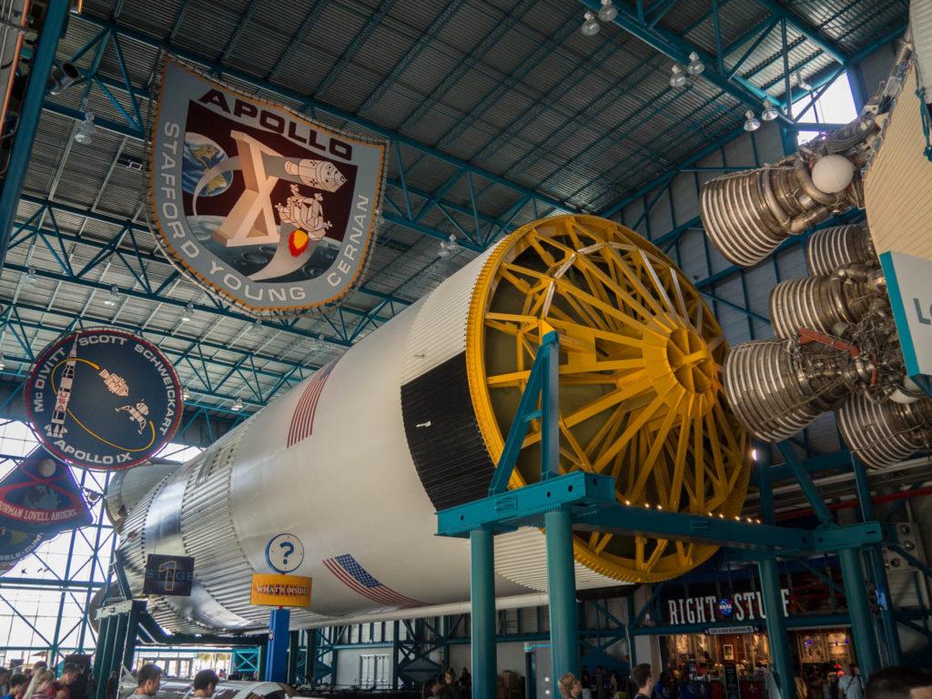 Fusée Saturn V premier étage (2) - Kennedy Space Center - Cape Canaveral